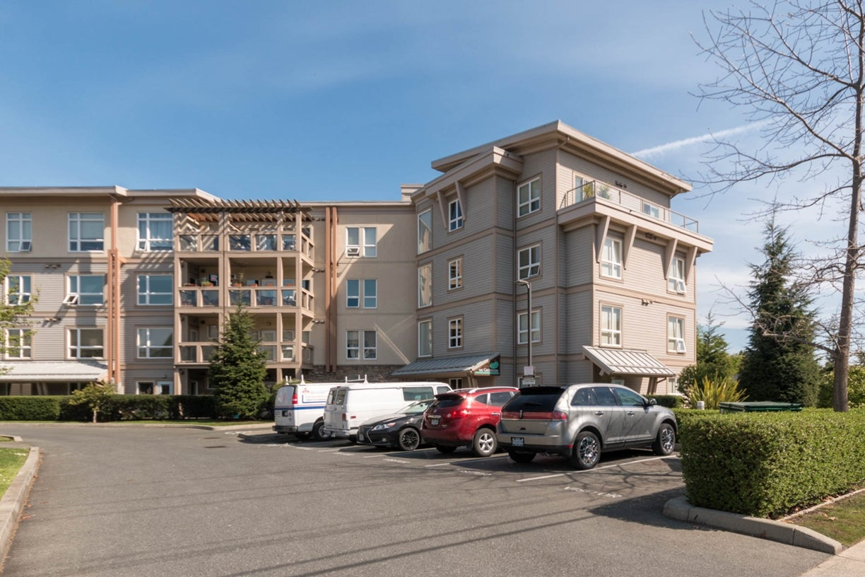 103 1156 Colville Rd - Es Gorge Vale Condo Apartment for sale, 2 Bedrooms (363831) #1